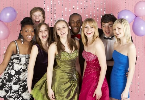 5 Ways To Pay For Prom Without Making Compromises