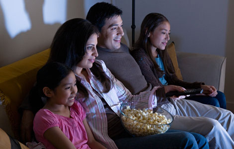 4 Reasons Why The Movie Watching Experience Is Better At Home