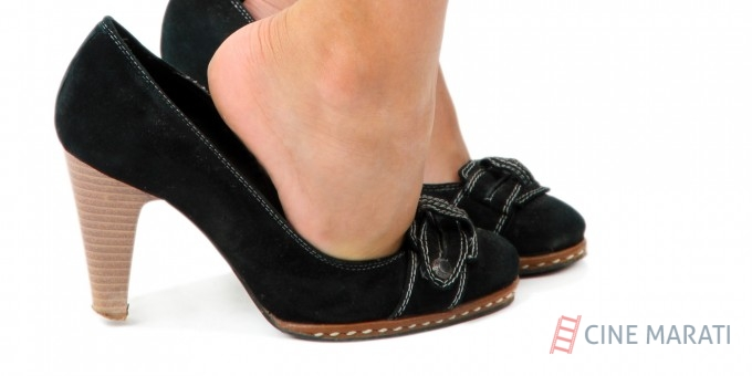 5 Problems Only Women With Small Feet Understand
